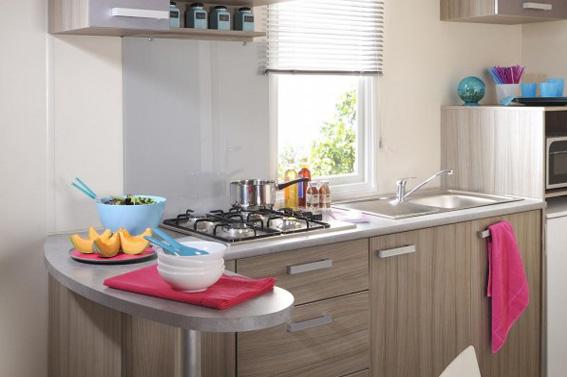 cuisine famille nombreuse cuisine famille nombreuse une cuisine pour une famille nombreuse. Black Bedroom Furniture Sets. Home Design Ideas